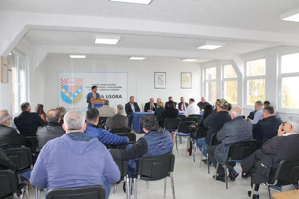 Usora: Sastanak gospodarstvenika s predstavnicima resornih ministarstava i gospodarskih asocijacija 1