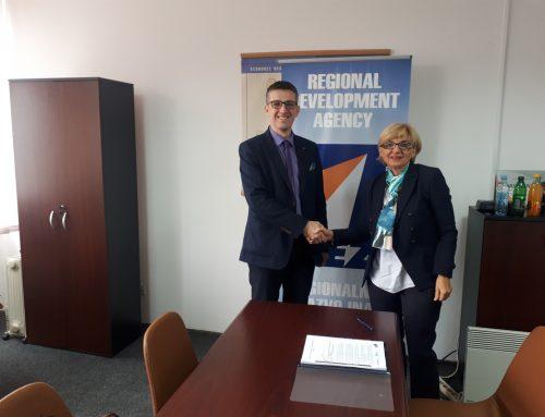 """REZ Agencija i USAID WHAM potpisali ugovor za početak realizacije projekta """"Ojačajmo fond za standarde"""""""