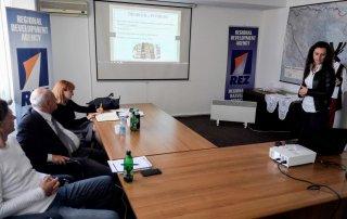 Podrška razvoju poduzetništva - prezentacija poslovnih ideja 12