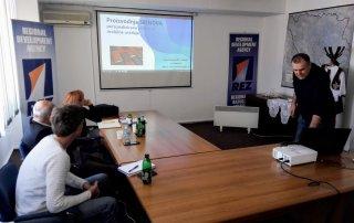 Podrška razvoju poduzetništva - prezentacija poslovnih ideja 24
